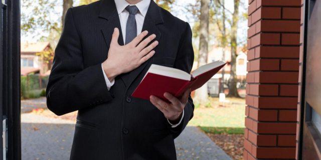 ajuta aproapele martorii lui iehova